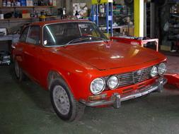 coche_clasico_alfa_romeo.jpg