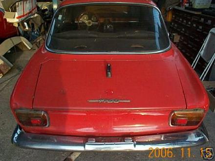 coche_clasico_alfa_romeo_1.jpg