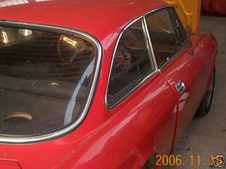 coche_clasico_alfa_romeo_2.jpg