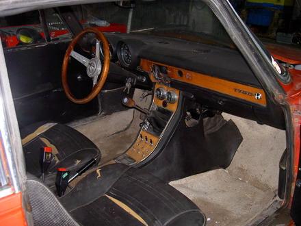 coche_clasico_alfa_romeo_4.jpg