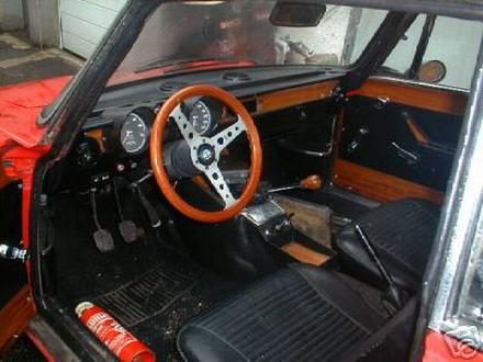 coche_clasico_alfa_romeo_bertone_3.jpg