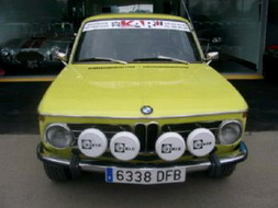 coche_clasico_bmw_2002.jpg