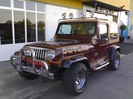 coche_clasico_jeep_wrangler_laredo_2.jpg