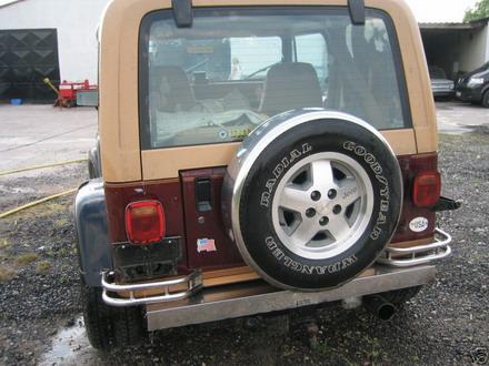 coche_clasico_jeep_wrangler_laredo_5.jpg