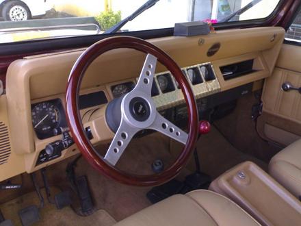 coche_clasico_jeep_wrangler_laredo_6.jpg